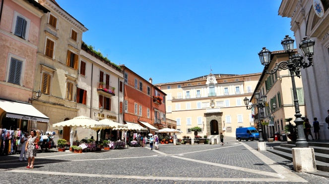 rome_gandolfo_piazza