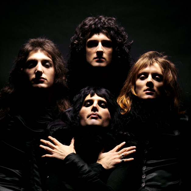 10 Queen Facts – The Strange & Ordinary