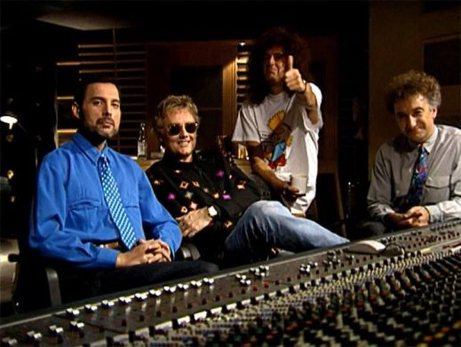 Queen-in-Studio.jpg
