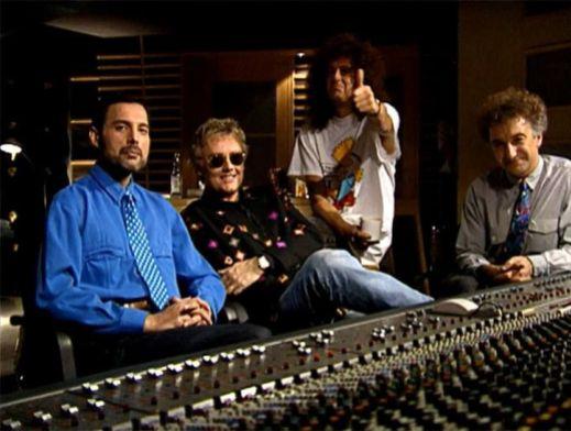 Queen-in-Studio.jpg
